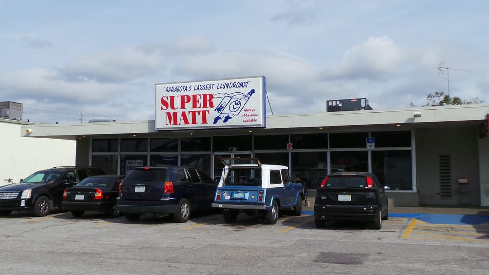 Super Matt Coin Laundry: 1590 N Lockwood Ridge Rd, Sarasota, FL