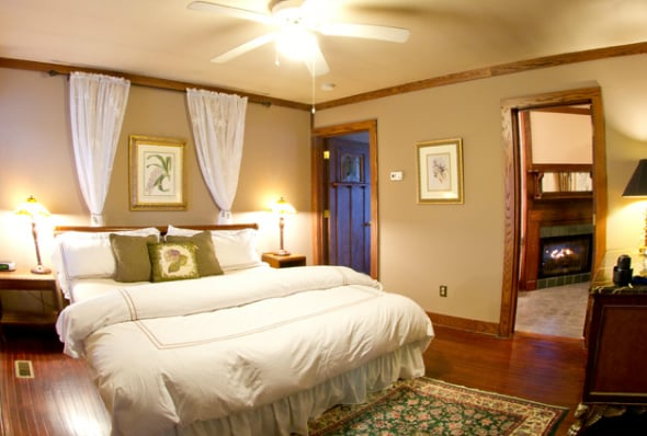 The Inn at Ragged Gardens: 203 Sunset Dr, Blowing Rock, NC