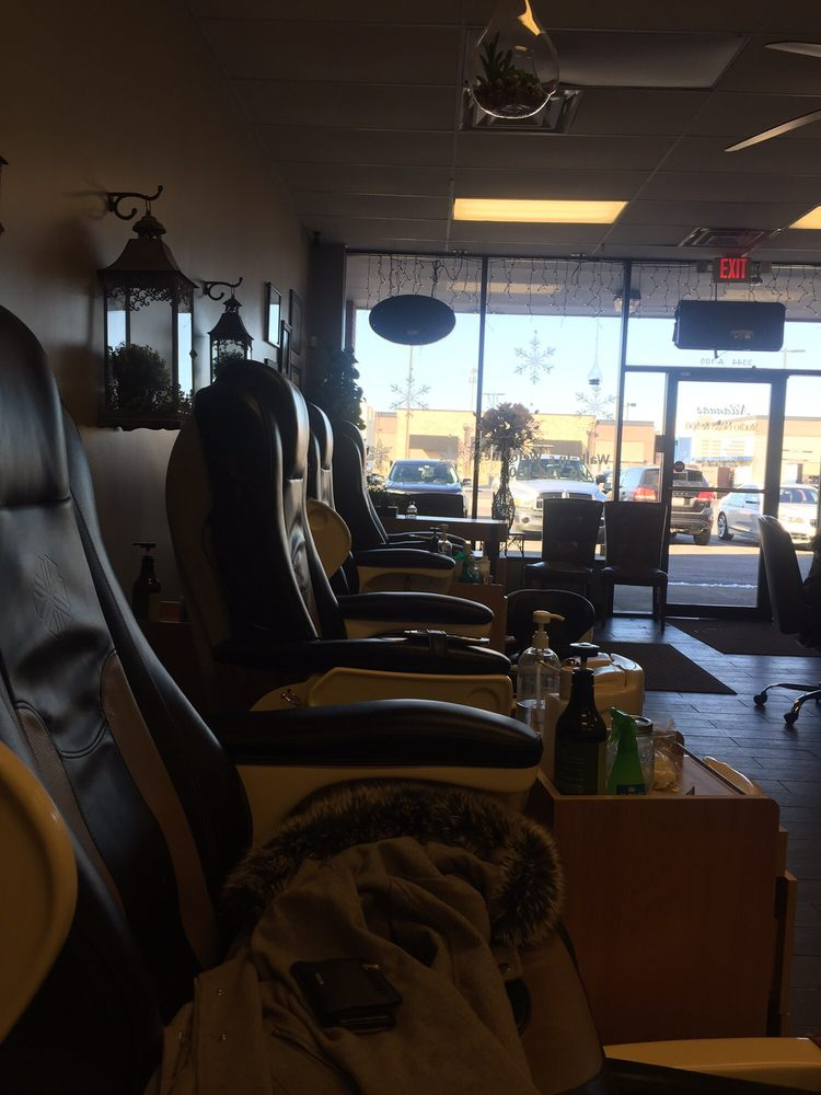 Studio Nails & Spa: 3344 Secor Rd, Toledo, OH