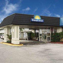 Days Inn By Wyndham Usville Kennedy E Center