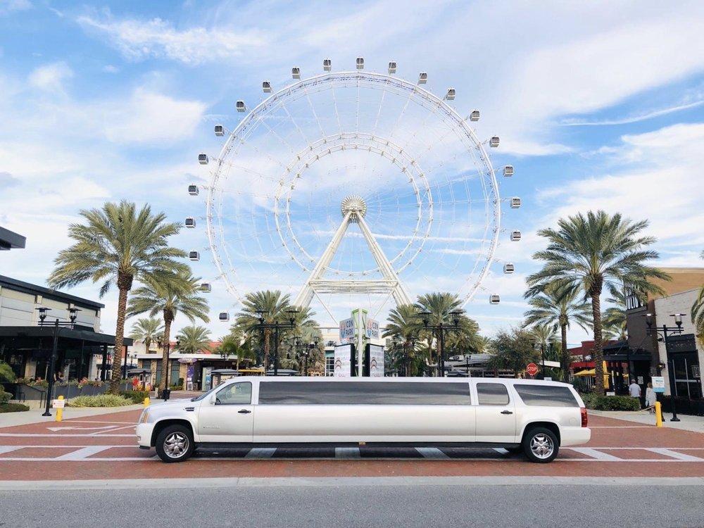 Exquisite Town Car: 10589 Regent Square Dr, Orlando, FL