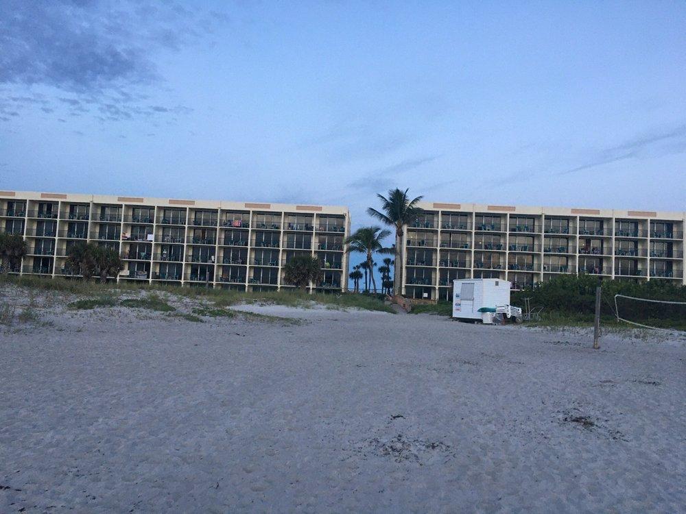 Ocean Landings Resort: 900 N Atlantic Ave, Cocoa Beach, FL