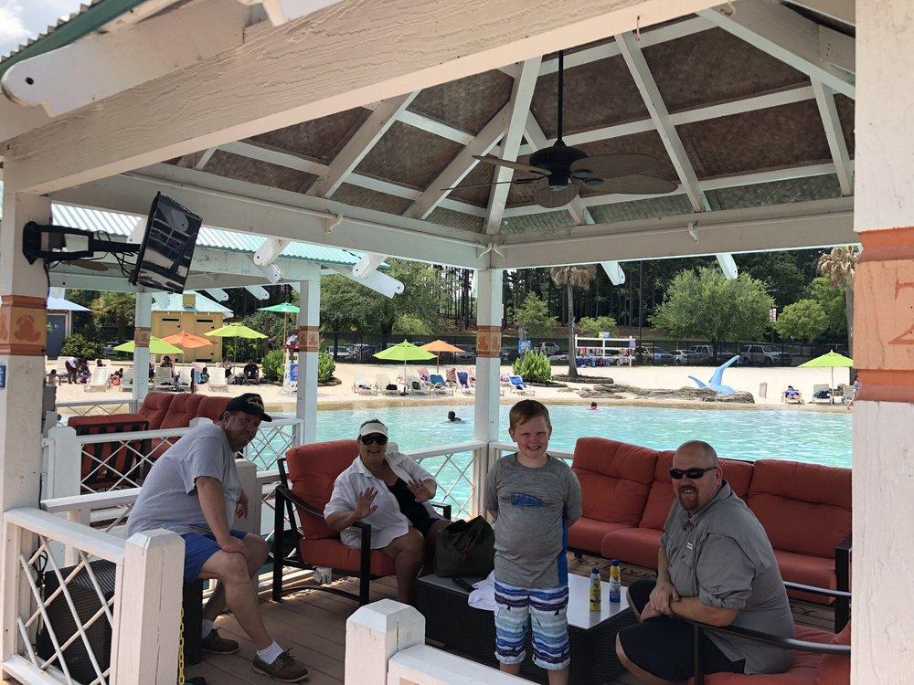 Geyser Falls Water Theme Park: 209 Black Jack Rd, Choctaw, MS