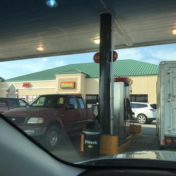 pilot flying j 13 reviews gas stations 2201 e 16th ave