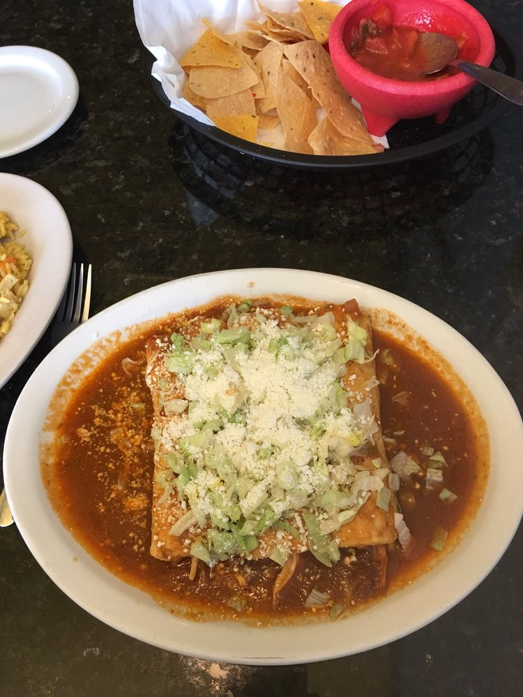 Chicken enchiladas rojas yelp for Hudson ribs and fish