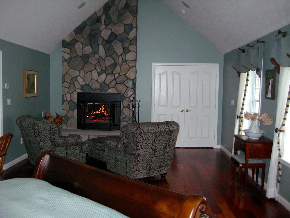Eco Chic Interiors: 1160 Hooksett Rd, Hooksett, NH