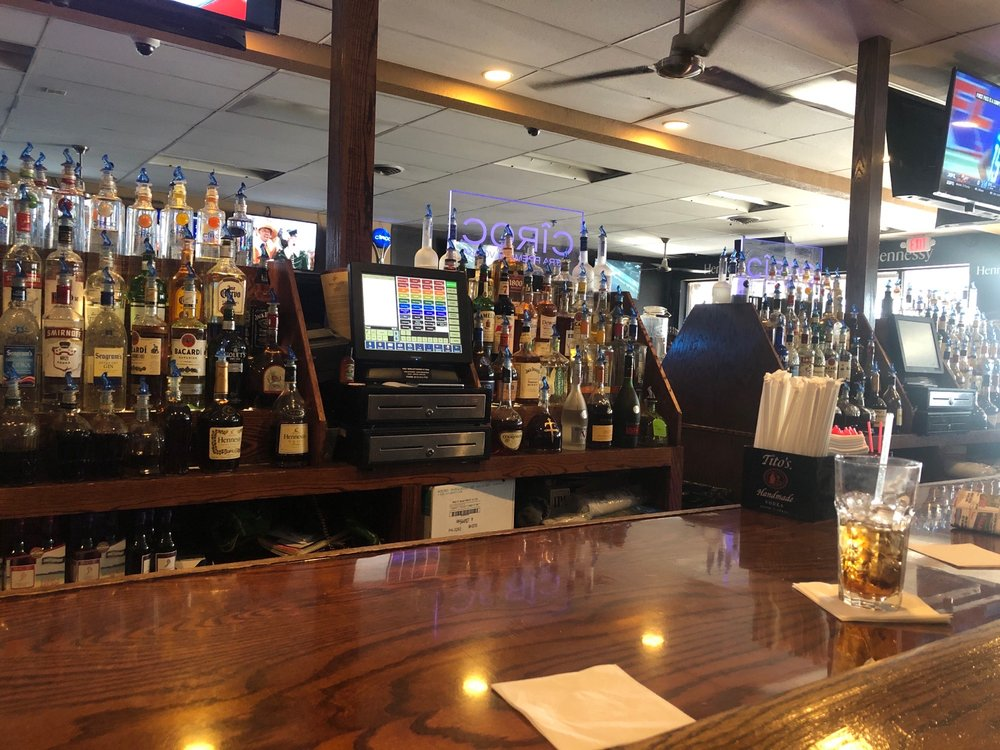 Moments Bar and Grill: 2545 Petzinger Rd, Columbus, OH