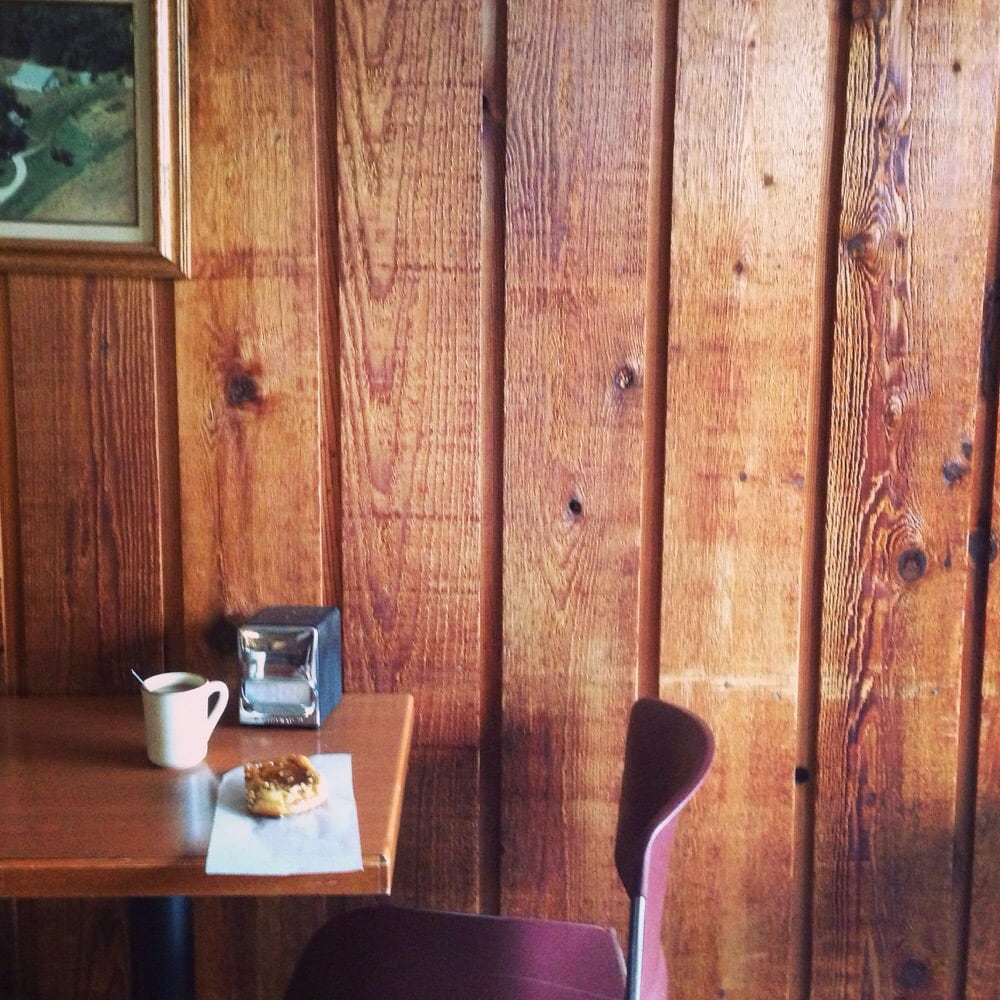 Otto's Bakery & Coffee Shop: 513 Frontage Rd NW, Byron, MN