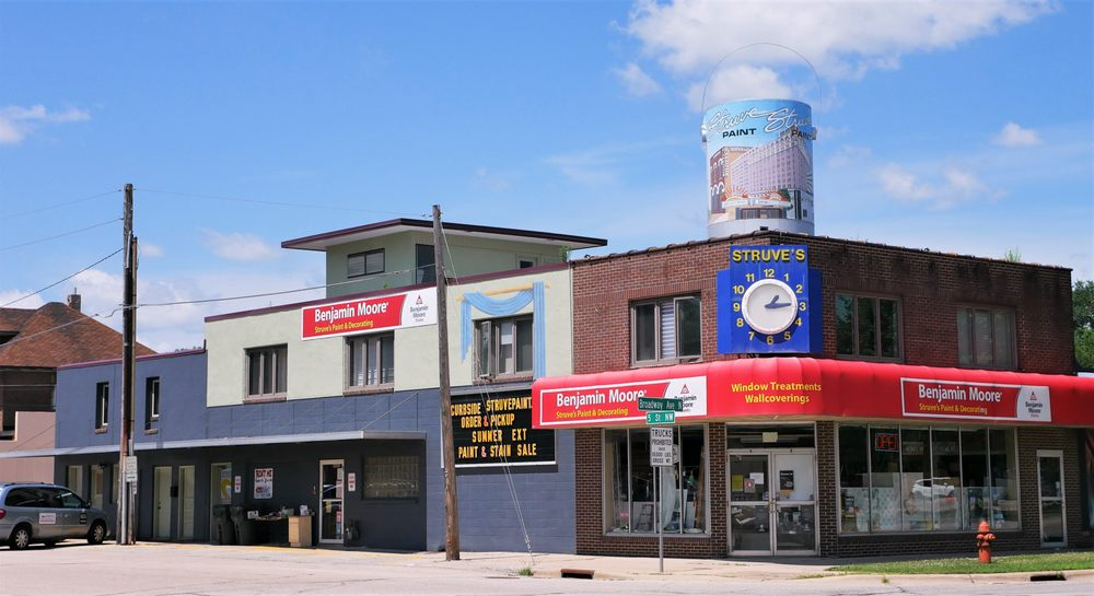 Struve's Paint And Decorating: 501 N Broadway, Rochester, MN