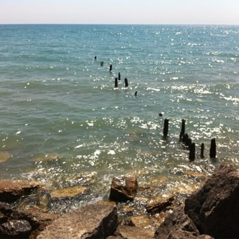 Photo Of Lee Street Beach Evanston Il United States Tranquility