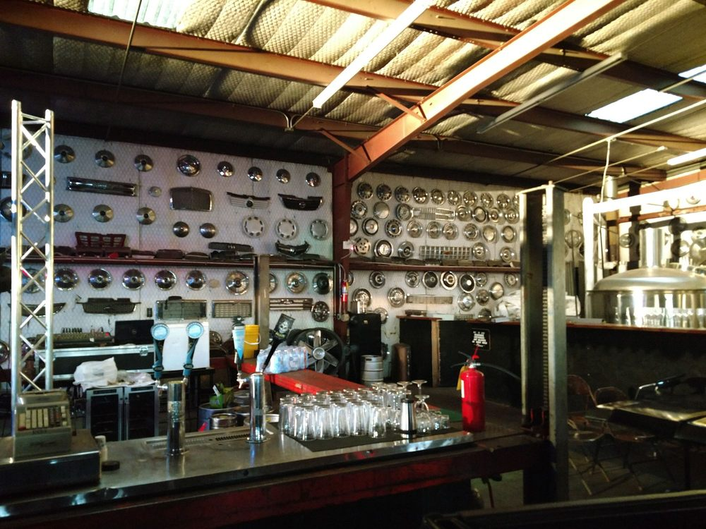 Route 66 Junkyard Brewery: 1634 E Route 66, Grants, NM