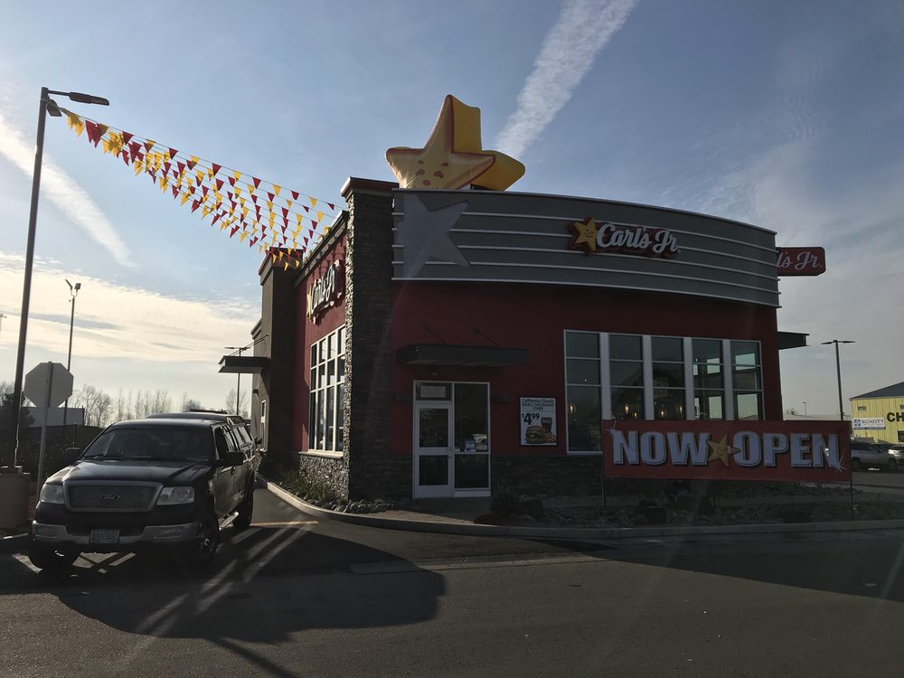 Carl's Jr: 8982 Truckman Way NE, Keizer, OR