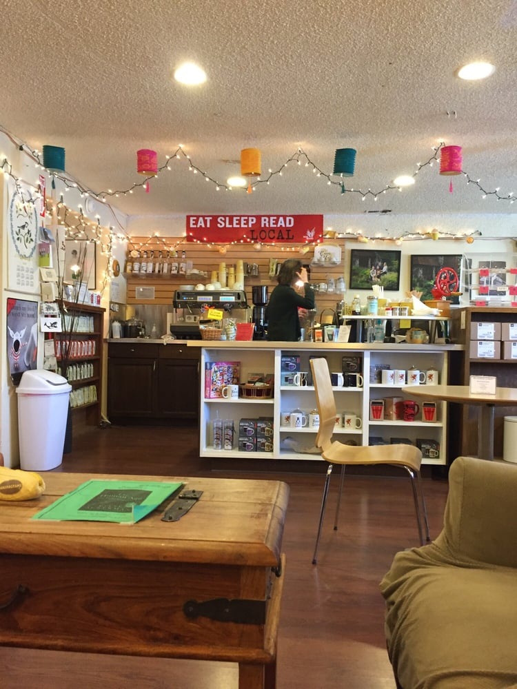 Griffin Bay Bookstore: 155 Spring St, Friday Harbor, WA