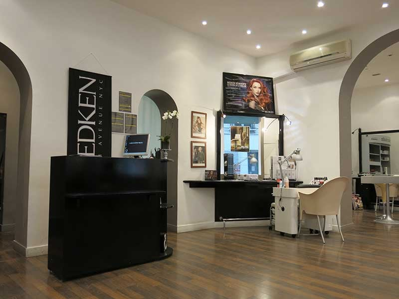 Alexandre henry coiffeurs salons de coiffure 47 rue for Salon de coiffure alexandre henry