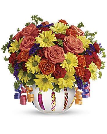 Haentze Floral Co: 658 Fond Du Lac Ave, Fond du Lac, WI
