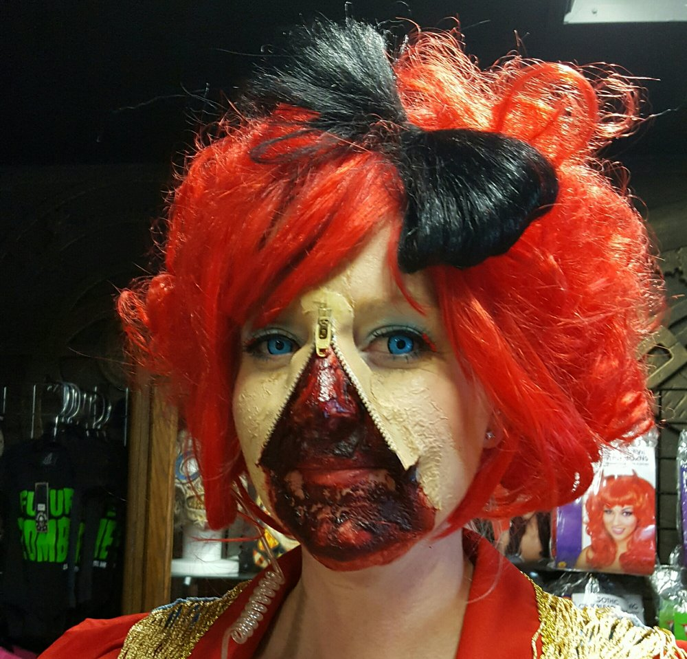 such a great make up! i want this as part of my next halloween