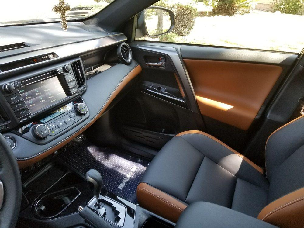 Black And Cinnamon Interior On My 2017 Toyota Rav4 Se Yelp