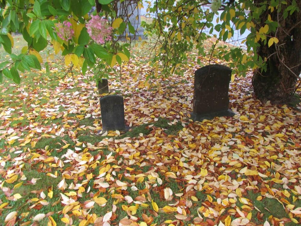 Spears Cemetery Association: 33 Balcom Rd, Foster, RI