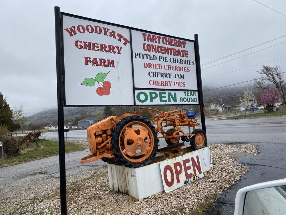 Woodyatt Cherry Farm: 7630 S Hwy 89, Willard, UT
