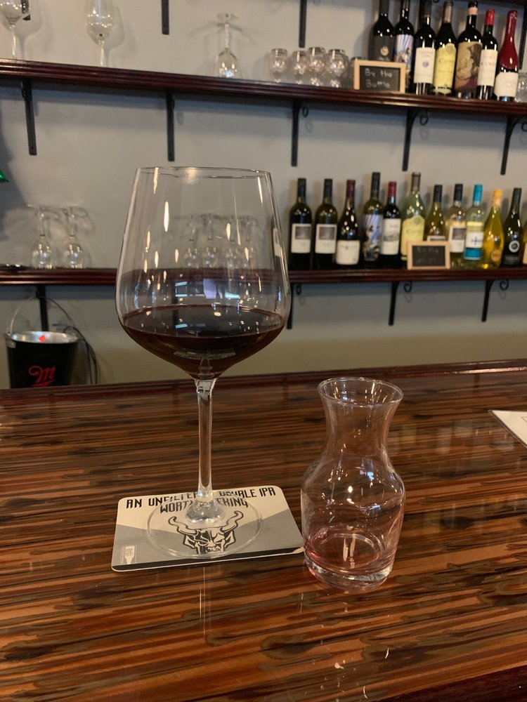 The Bruin Craft Beer and Wine: 224 Middle St, New Bern, NC