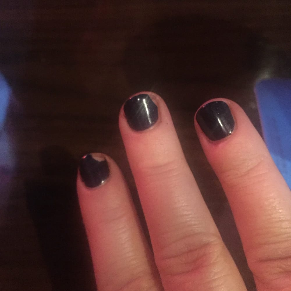 Two chipped nails two days after getting gel manicure - Yelp