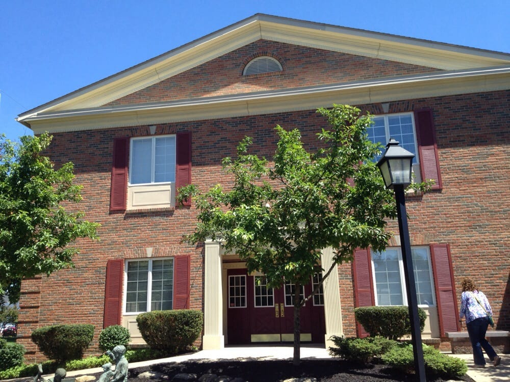 Newton Falls Public Library: 204 S Canal St, Newton Falls, OH
