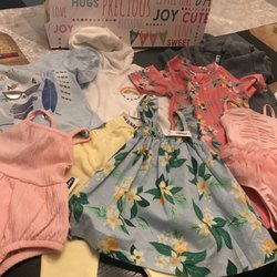 55d5714fd85 Old Navy - 18 Photos   15 Reviews - Sports Wear - 3333 W Touhy Ave ...