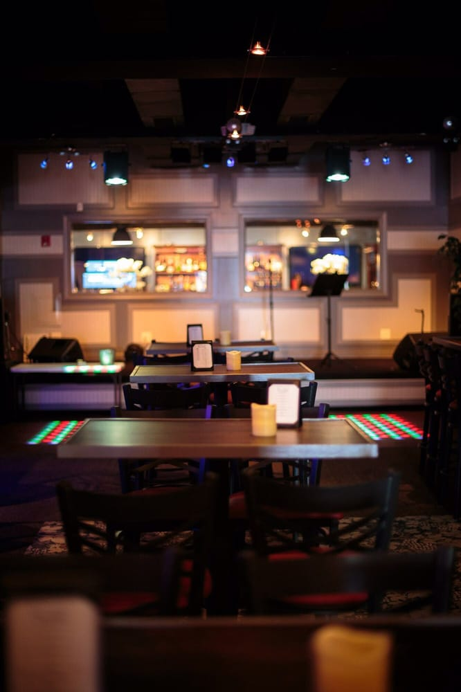 Chill Lounge: 164 South Foster St, Dothan, AL