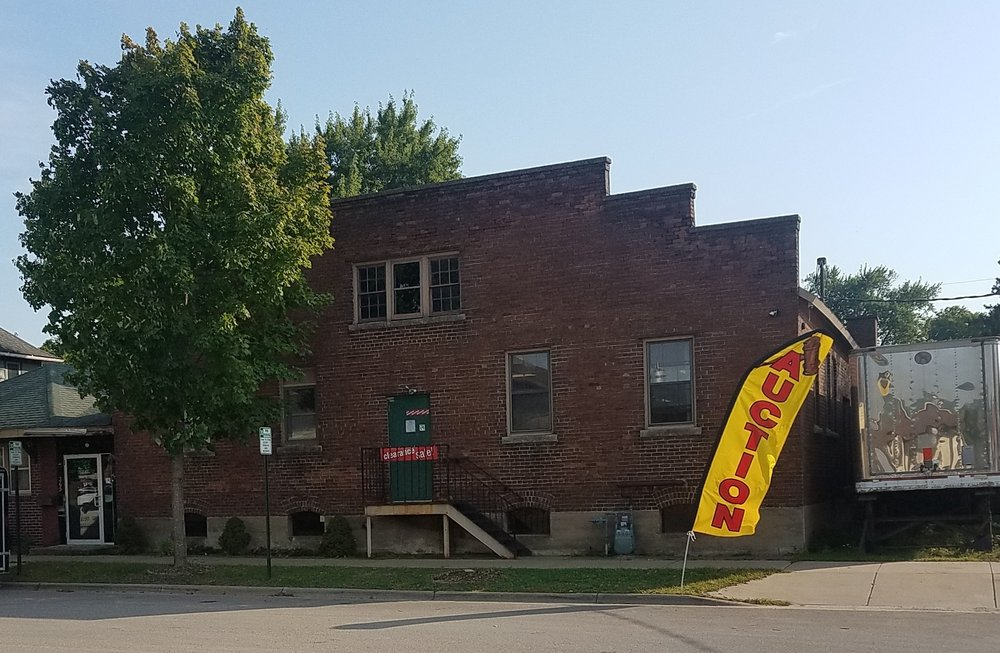 Riverland Auction: 365 W 3rd St, Winona, MN