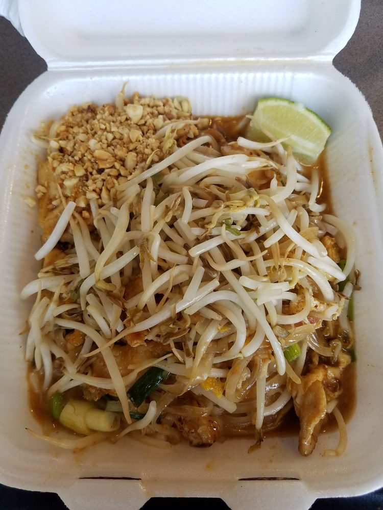Thai Restaurant Near Commerce Ca