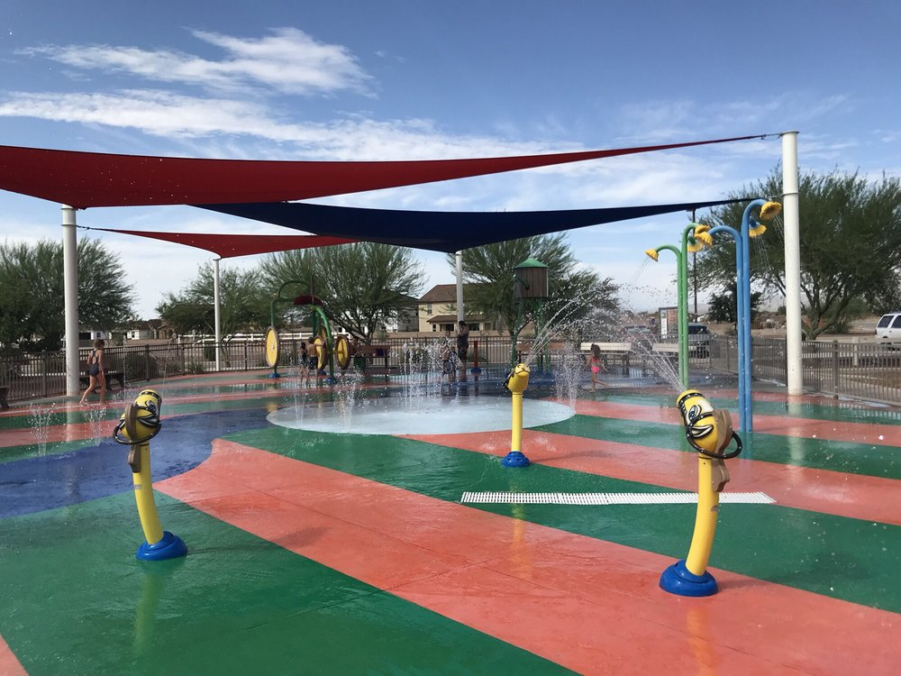 Gladden Farms Park and Splash Pad: 12270 N Heritage Park Dr, Marana, AZ