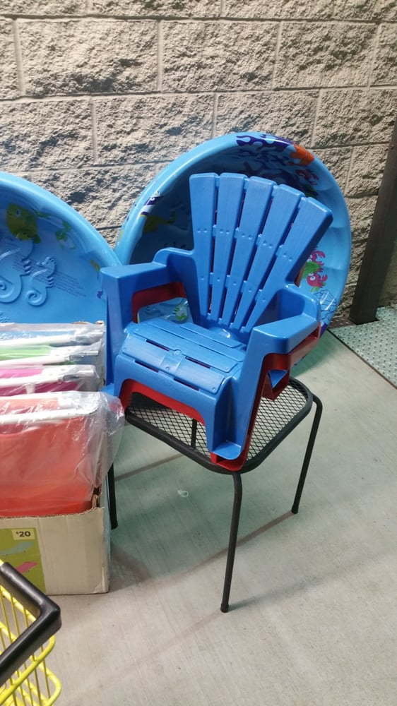 Photo Of Dollar General Esparto Ca United States Rich L S Beach Chair