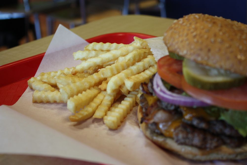 Johnny's Burgers & Dogs: 3141 S McClintock Dr, Tempe, AZ