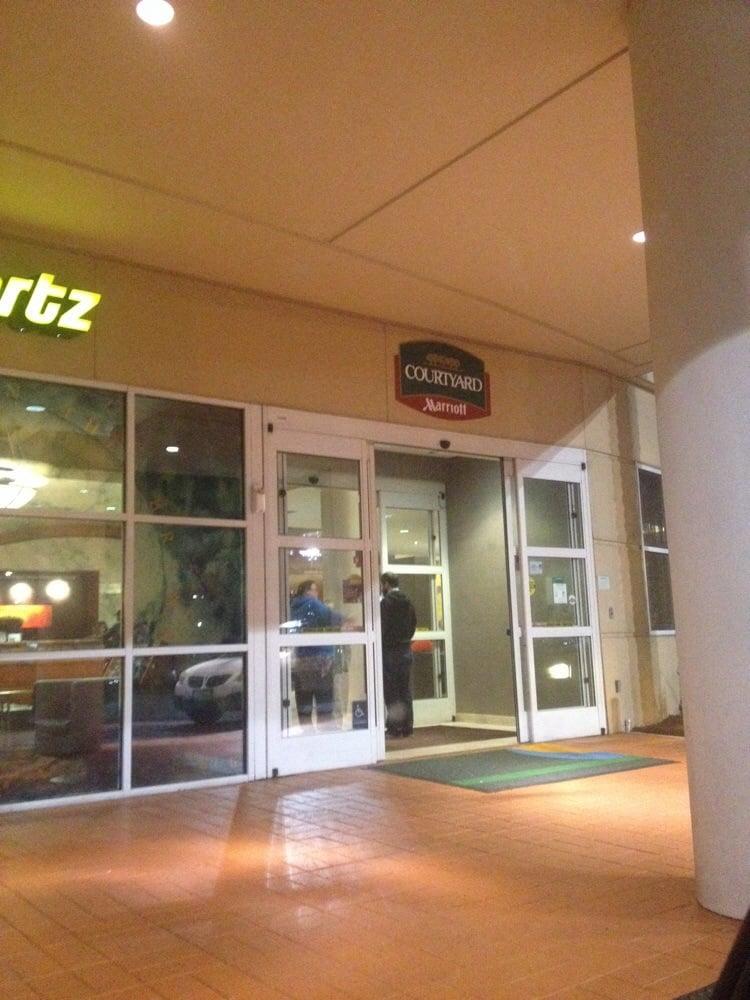 Restaurants Near Courtyard Marriott Emeryville