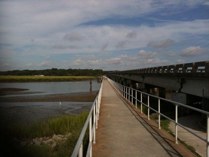 Frank O. Downing Fishing Pier: Diamond Cswy, Savannah, GA