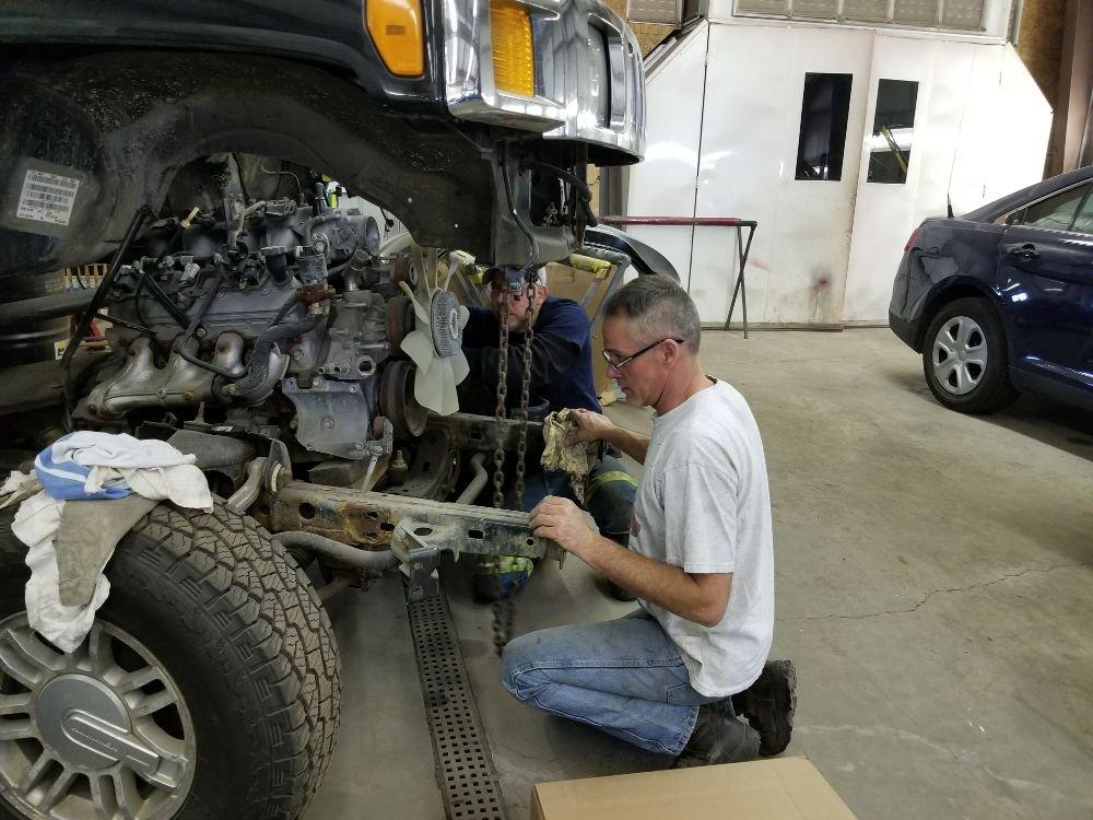 Friedens Collision Center & Auto Sales: 150 Machinery Rd, Friedens, PA