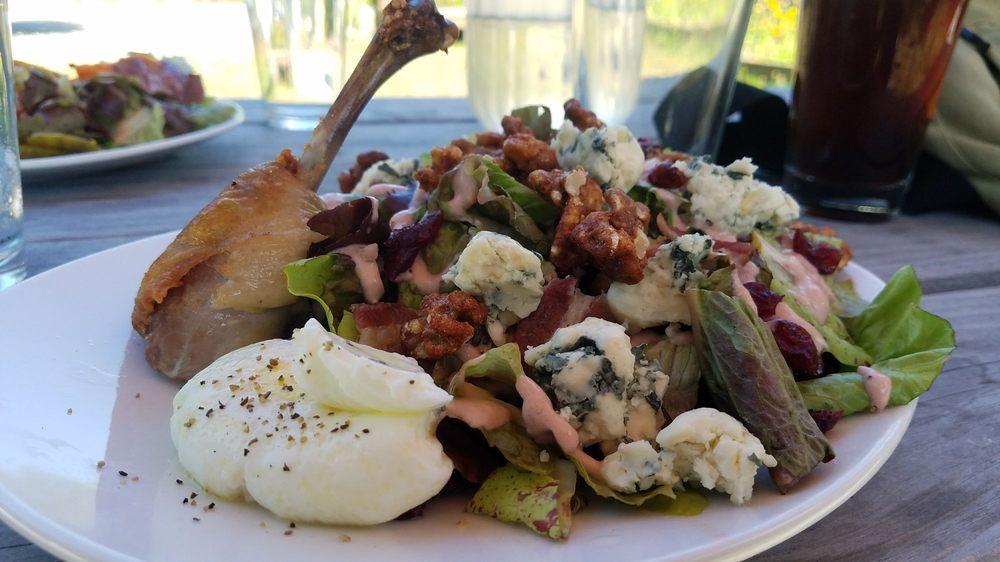 Poppie's Garden Restaurant: Klondike Hwy, Skagway, AK
