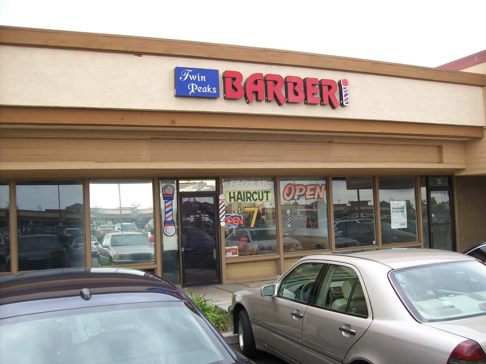 Twin Peaks Barber Shop 21 Photos 80 Reviews Barbers 23615 El