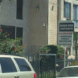 Bonnie brae apartments appartement meubl 930 s bonnie for A la maison westlake village ca