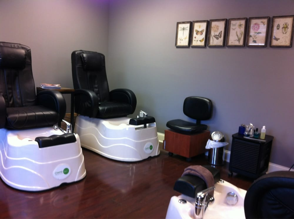 Miracles Hair Studio: 200 Brooklea Dr, Fayetteville, NY
