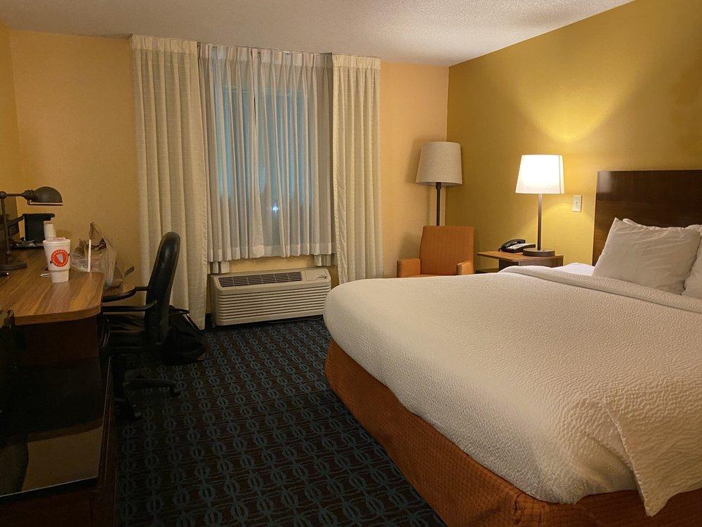 Fairfield Inn by Marriott Orangeburg: 663 Citadel Road, Orangeburg, SC