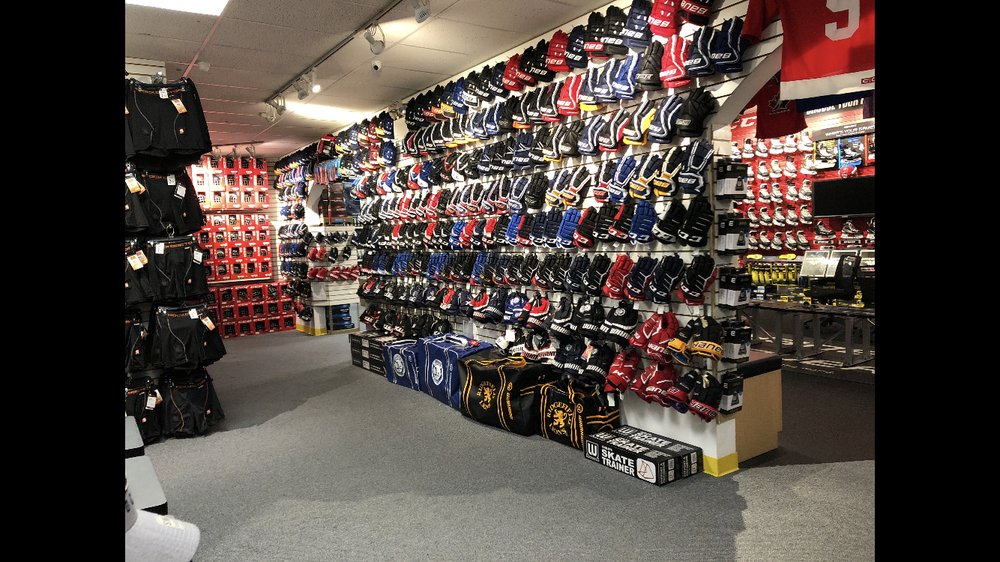 Wesco Sports Center: 270 Federal Rd, Brookfield, CT