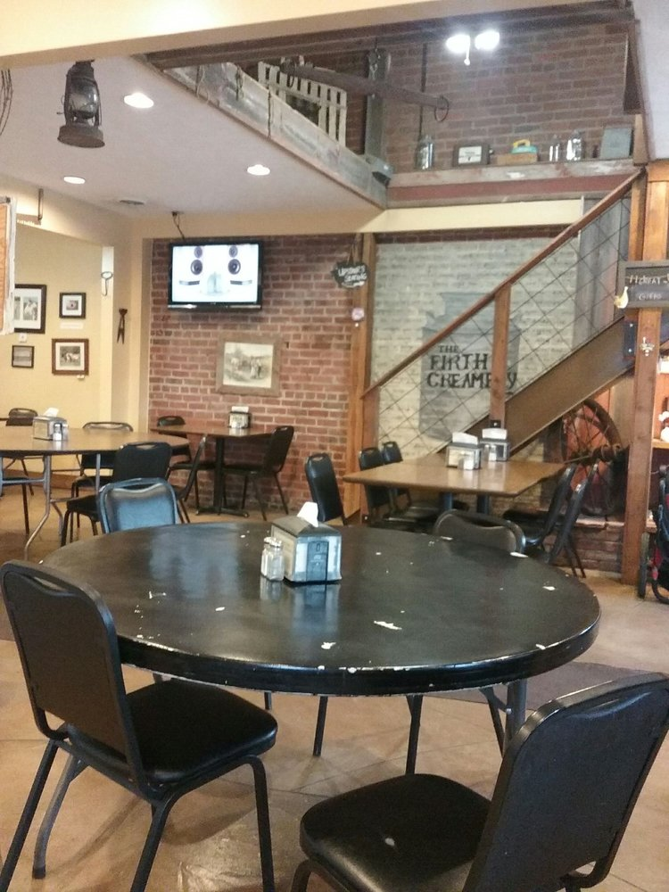 Homestead Coffee & Eatery: 110 W 3rd St, Firth, NE