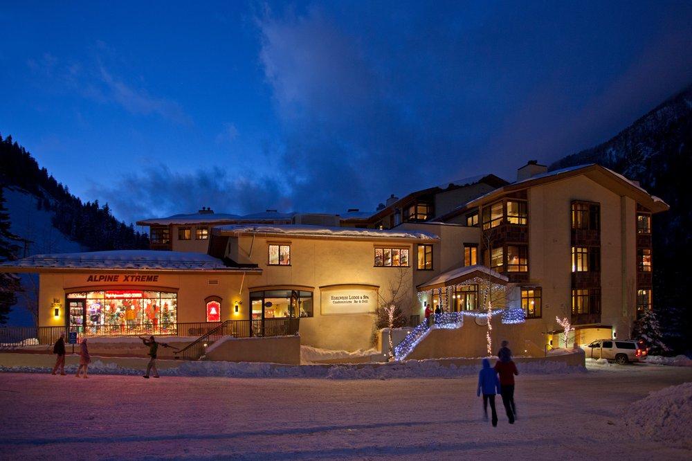 Alpine Xtreme: 106 Sutton Pl, Taos Ski Valley, NM