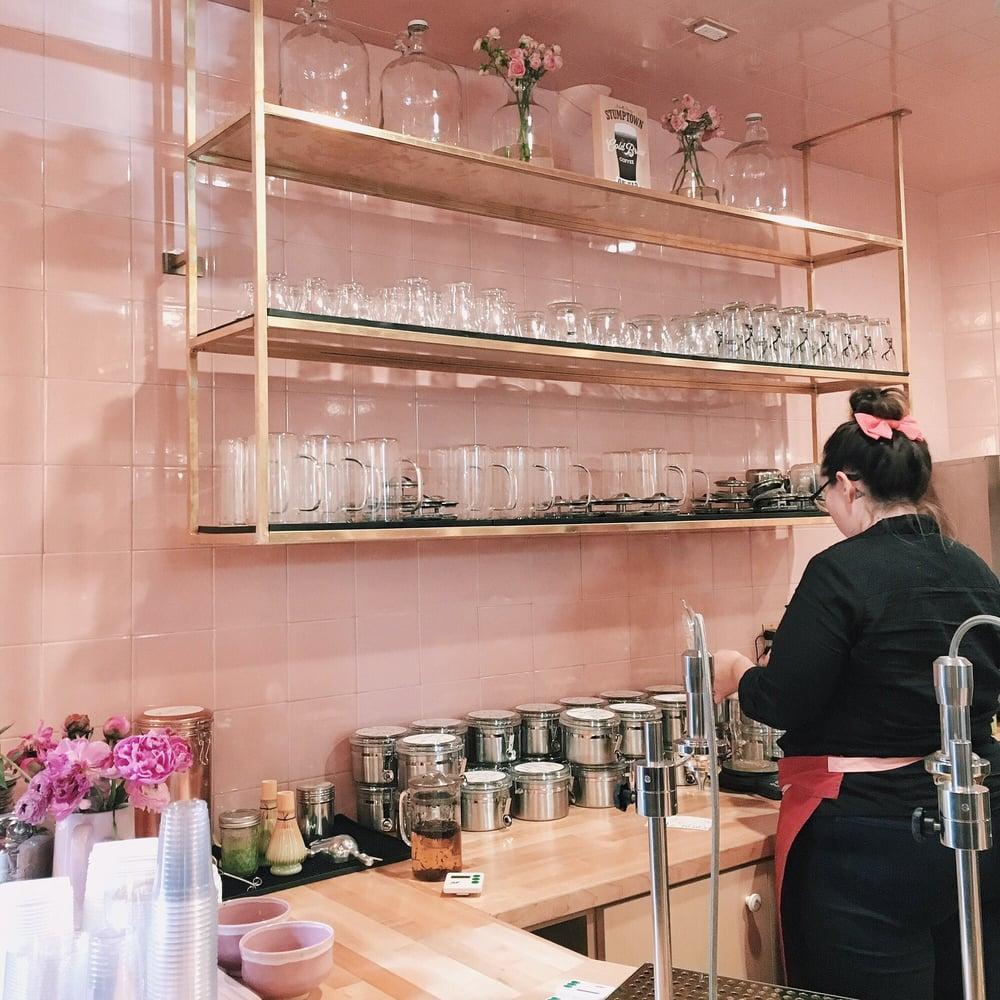 Alfred S Tea Room La