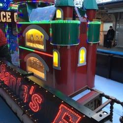 photo of cta holiday train chicago il united states - Cta Christmas Train 2014