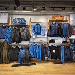 e9758abc9f9 Patagonia Outlet Freeport - 21 Photos   16 Reviews - Sports Wear - 9 Bow  St