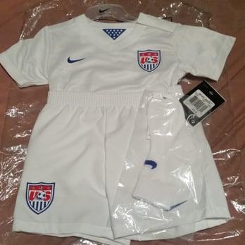 54e99c5eeec Soccerkraze - 18 Photos   18 Reviews - Sports Wear - 5825 Jarvis Ave ...