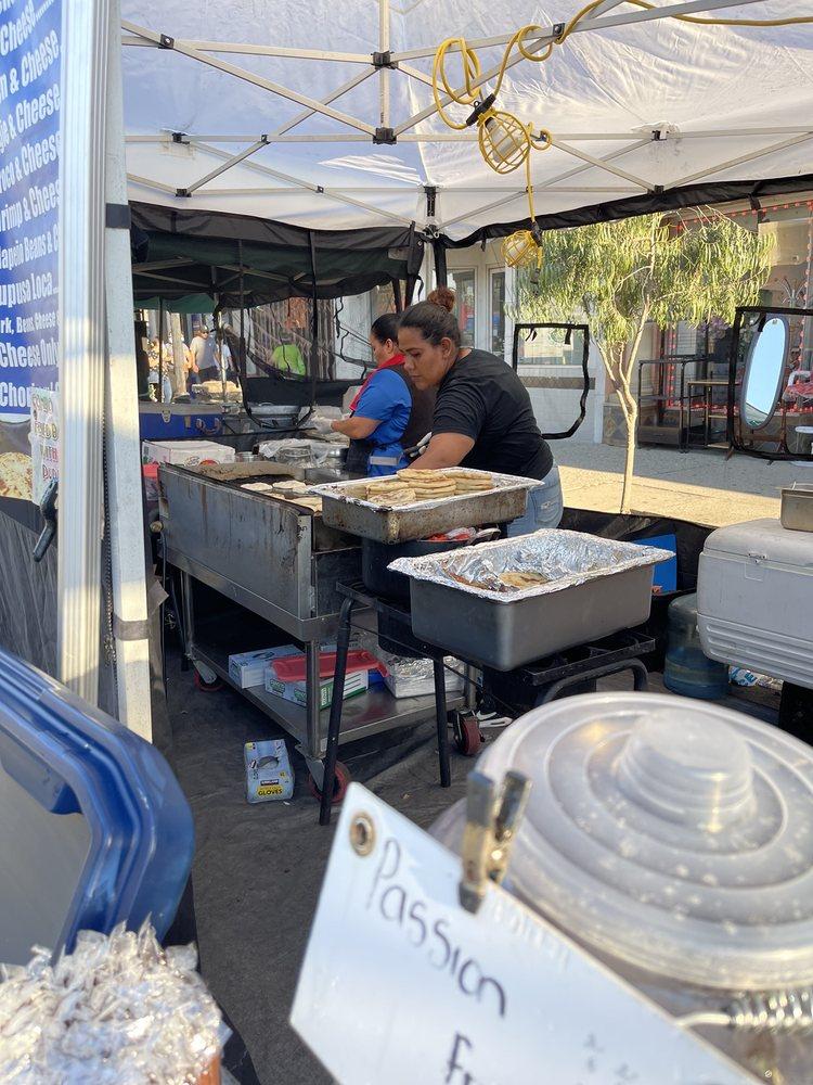 El Monte Farmer's Market: 10808 Main St, El Monte, CA