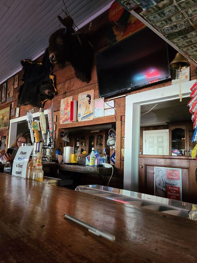 Old Corner Saloon: 574 Main St, Copperopolis, CA